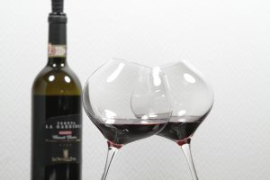 Difference-Mature-Wein-2