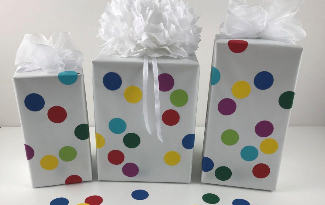 Geschenkverpackung Polka Dots